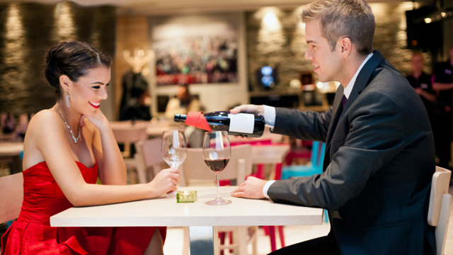 Top 13 First Date Do's And Don'ts
