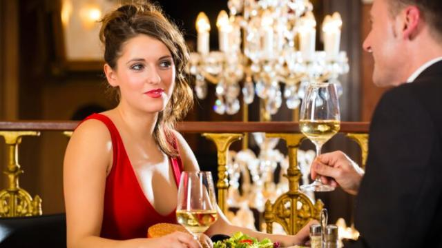 First Date With a Rich Man? 5 Etiquette Tips