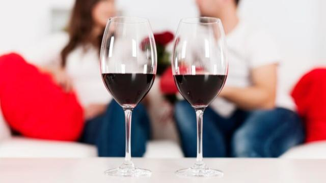 dating around Dating again and unable to shake the steinberg says dating around ensures that you'll bring your 8 dating rules that changed since you.