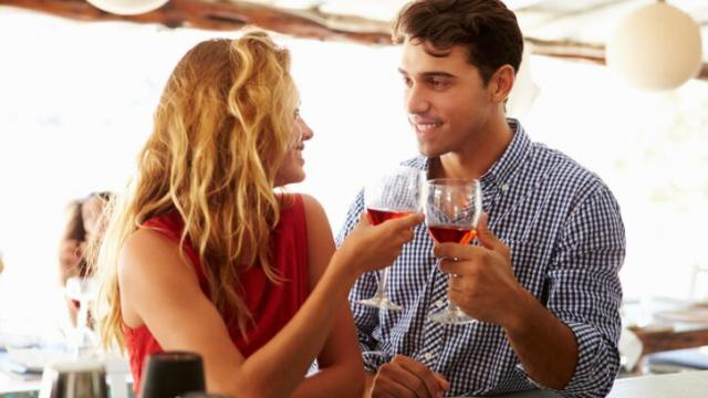 How to Inspire a Man to Ask You Out